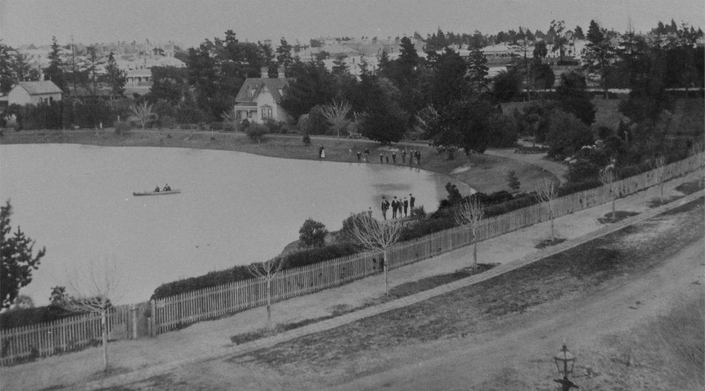 Queens Park 1899-1 1800