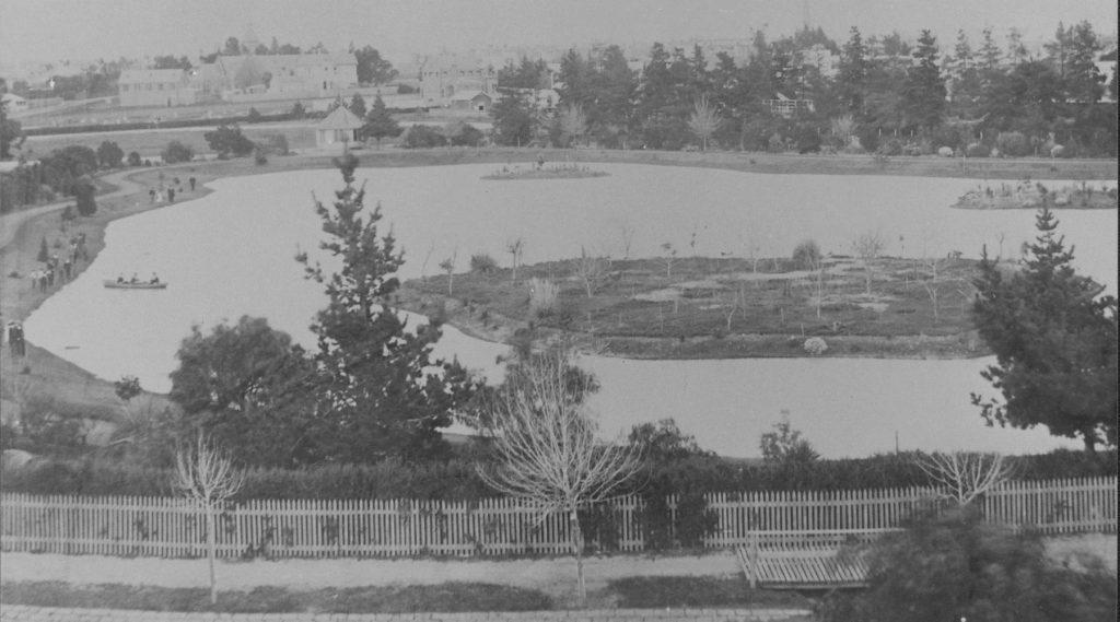 Queens Park 1899-2 1800